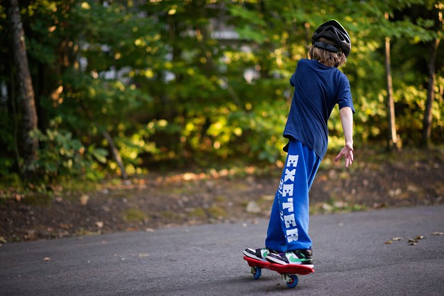 boy playing ripstik