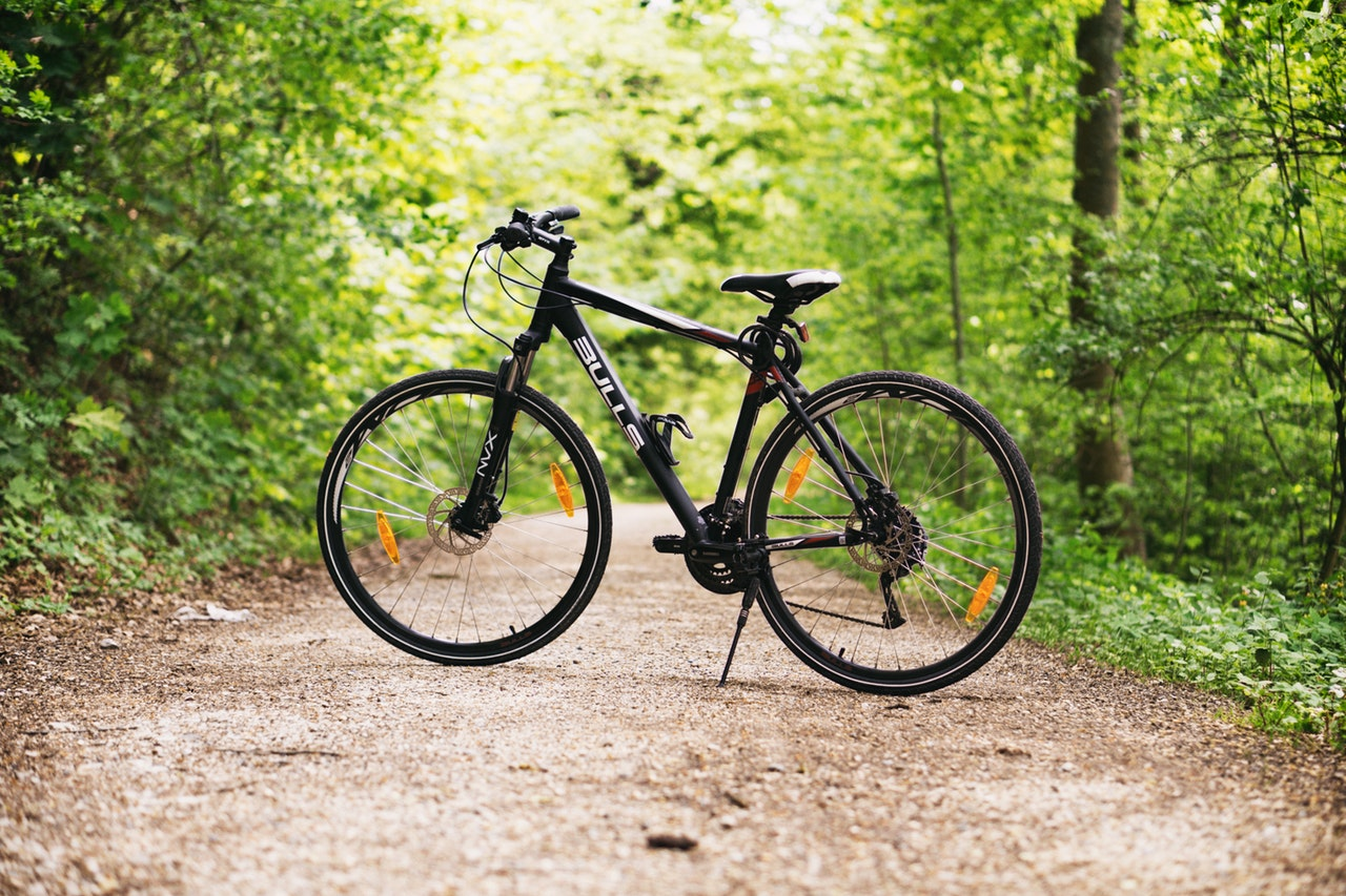 Photo of a black gmc denali road bike
