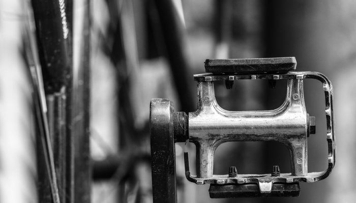 bike pedal featured image